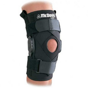 McDavid Hinged Knee Brace with Crossing Straps 429XR
