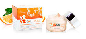 Diet Esthetic Vit Vit C+E Ultra Whitening Cream Pure C Vitamin SPF15 50ml
