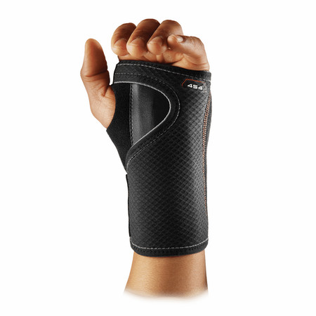 McDavid Wrist Brace / adjustable 454 Carpal tunnel wrist brace